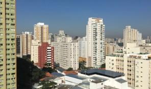 Lindo apartamento totalmente reformado à 600 mts do metrô Paraíso!!