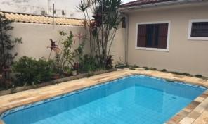 Ampla Casa Térrea C/piscina E Churrasqueira à Poucos Minutos Da Praia Dos Sonhos