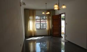 Ótima casa ampla em uma excelente localização – Prox. ao metrô Santa Cruz!