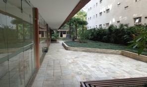 Ótimo apartamento amplo em uma excelente localização. prox metrô Paraiso.